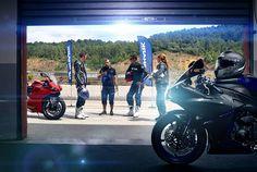SHARK Racing-R Pro full-face helmet. Shark Motorcycle Helmets, Full Face Helmets, Online Casino, Racing, Running, Auto Racing