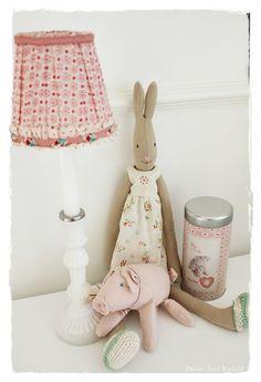 Maileg Rabbit and Pigg