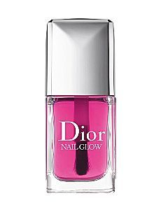 Dior 'Nail Glow' Nail Enhancer With one universal shade, the unique nail lacquer enhances the color of your natural nails. When applied on bare nails, the pinks of the nails become pinker and the whites become whiter for a shining finish and healthy, glo Dior Nail Glow, Dior Nail Polish, Dior Nails, Best Nail Polish, Nail Polish Colors, Pink Polish, Nail Polishes, Manicures, Dior Beauty