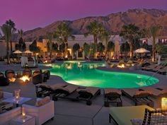 Palm Springs Resort - Riviera offers two sparkling swimming pools.