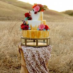 A bohemian boudoir inspiration session with sequin details and a fabulous cake!