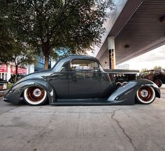 '37 Packard by G3 Rods out of Rapid City, SD.