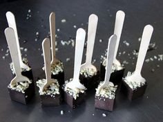 How to Make Mexican Hot Chocolate Spoons >> http://www.diynetwork.com/how-to/make-and-decorate/crafts/how-to-make-mexican-hot-chocolate-spoons?soc=pinterest