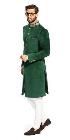 Make a style statement with our wide range of customized ethnic wear for men. View finely tailored custom made sherwani, bandhgala jacket and more at Herringbone & Sui. Indian Formal Wear, Mens Indian Wear, Mens Ethnic Wear, Indian Groom Wear, Indian Wedding Wear, Indian Men Fashion, Men's Fashion, Kurta Pajama Men, Kurta Men