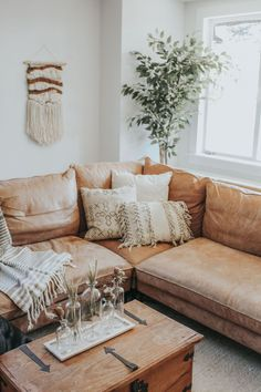 42 best farmhouse living room decor ideas and designs 12 Living Room Candles, Boho Living Room, Cozy Living Rooms, Living Room Decor Tan Couch, Brown Leather Couch Living Room, Leather Living Room Furniture, Bohemian Living, Living Area, Muebles Living