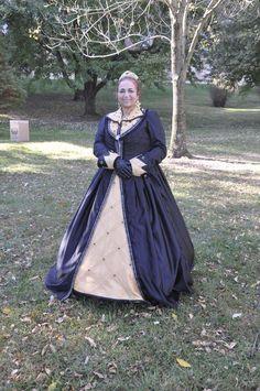 """Queen Beatrice in the """"Queen of Bee's"""" gown"""