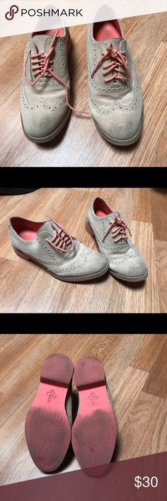 Cole Haan Oxfords women shoes size 5 1/2 Cole Haan Oxfords women shoes size 5 1/2 Cole Haan Shoes Flats & Loafers
