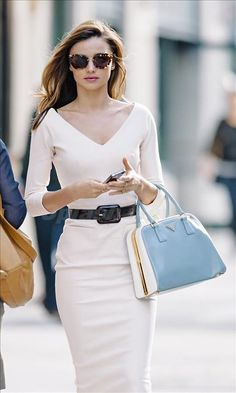 worth pinning twice! (pictured: Miranda Kerr) #streetstyle #fashion #modeloffduty  CLASS