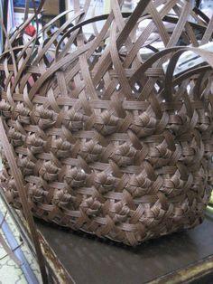 エコクラフト、石畳編み,作り方 - Поиск в Google Diy And Crafts, Arts And Crafts, Paper Crafts, Basket Weaving, Hand Weaving, Basket Crafts, Macrame Bag, Craft Bags, Craft Corner