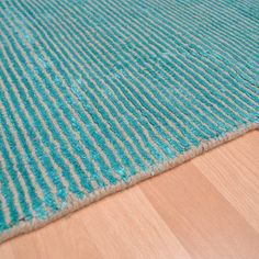 Plantation oceans rugs oce03 in emerald green buy online from the rug seller uk