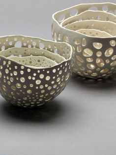 Porcelain airdry clay rolled out, small-med-large circles/ovals cut out, then molded to a balloon greased with petroleum jelly, tops trimmed and left to dry to form decorative ''pottery'' bowls - small around smaller balloons and larger around larger balloons...have to try this to see if it works!