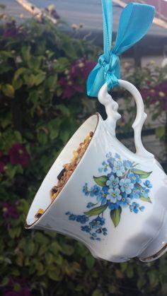 Pretty blue floral garden bird feeder gift. £5.49