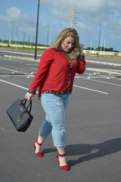 Perfect Work Outfits For Plus Size Women : Fashion is what you're offered four times a year by designers. And style is what you choose.