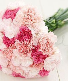 CARNATIONS - Although these are one of the lower budget flowers they are so feminine and delicate and come in a variety of colours.