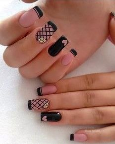 Looking for easy nail art ideas for short nails? Look no further here are are quick and easy nail art ideas for short nails. Acrylic Nails Natural, Cute Acrylic Nails, Cute Nails, Pretty Nails, Cute Nail Art Designs, Black Nail Designs, Acrylic Nail Designs, Black Nail Art, Black Nails