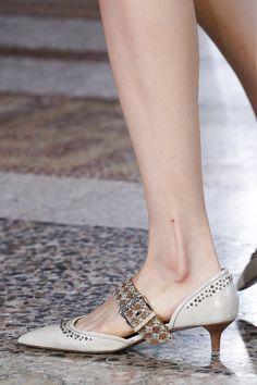Bottega Veneta Spring 2018 Ready-to-Wear Accessories Photos - Vogue