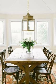 Traditional Dining Rooms > Interior Design Tips For Any Home And Any Budget *** Nice of you to drop by to visit the image. Dining Room Design, Dining Room Table, Dining Area, Small Dining, Rooms Ideas, Traditional Dining Rooms, Sell Your House Fast, Dining Room Inspiration, Interior Design Tips