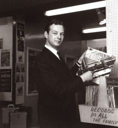 vinylespassion:  The 5th Beatles Brian Epstein