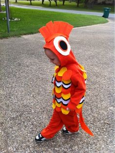 When Brady told me that he wanted to be Nemo for Halloween, I was ecstatic.  What could be cuter then dressing up a 2 year old as a fish f...