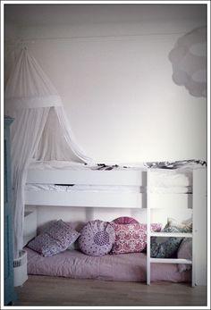 Stil Inredning & Design: Ellies nybäddade säng