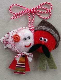 Pom Pom Crafts, Yarn Crafts, Diy And Crafts, Embroidery Art, Embroidery Designs, Baba Marta, Christmas Cross, Christmas Ornaments, International Craft