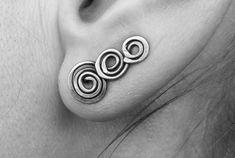 Silver climber earring - Copper crawler earrings /ear climber/ear crawler/ear bar/ear pin/ - Celtic spiral swirl earrings by MateriaMorfosi on Etsy