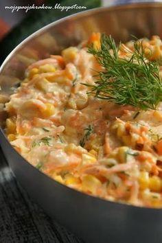 Błyskawiczna surówka do obiadu.Zrobienie jej zajmuje dosłownie kilka chwil i zawsze mam do niej składniki w lodówce :) Jadłam... Veg Recipes, Salad Recipes, Vegetarian Recipes, Cooking Recipes, Healthy Recipes, Appetizer Salads, Tasty Bites, Side Salad, Macaroni And Cheese
