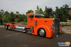 custom 18 wheeler trucks | Custom-Peterbilt.jpg custom peterbilt, 18 wheelers, trucks