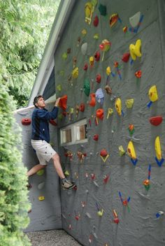 Not exactly practical, but cool.) Home Rock Climbing Wall. Not exactly practical, but cool.] Home Rock Climbing Wall – by Elevate Cli - Indoor Climbing Wall, Rock Climbing Walls, Sport Climbing, Colegio Ideas, Bouldering Wall, Rock Wall, Backyard Playground, Cool Landscapes, Architecture Design