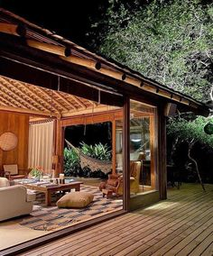 Cabins In The Woods, House In The Woods, Bungalow, Hawaii Homes, Rental Property, Outdoor Entertaining, My Dream Home, Architecture Design, Beach House