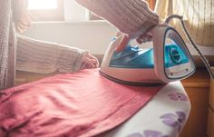 How to Safely Iron Different Fabrics – PureWow – Dizi Filmler Burada Can You Iron Polyester, Ferro A Vapor, Iron Shirt, How To Iron Clothes, Household Chores, Household Tips, Good Housekeeping, Cleaning Tips, Vape Tricks