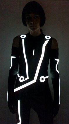 Tron: Quorra Costume - Fashioning Technology