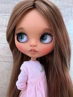 Selfies, Baby Illustration, Flower Phone Wallpaper, Cute Dolls, Big Eyes, Blythe Dolls, Beautiful Dolls, Dress Patterns, Black Hair