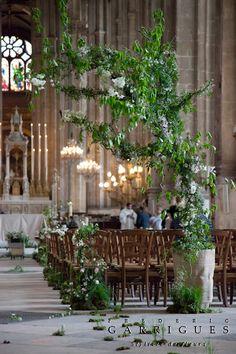 Décoration d'église, un air de sous bois