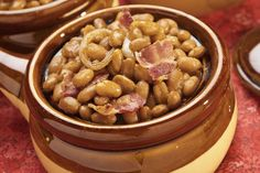 Slow Cooker Baked Beans With Bacon or Salt Pork Hausgemachte gebackene Bohnen – Baked Beans Crock Pot, Slow Cooker Baked Beans, Baked Beans With Bacon, Homemade Baked Beans, Boston Baked Beans, Make Dog Food, Homemade Dog Food, Crockpot Recipes, Dog Food Recipes