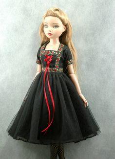 "Ellowyne Wilde 16"" Doll Clothes Vintage Black Red Floral Dress | eBay sen472"