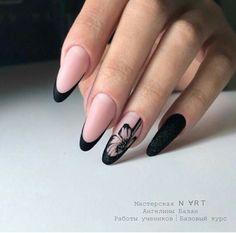 Image may contain: one or more people Classy Nails, Fancy Nails, Stylish Nails, Pretty Nails, Round Nails, Oval Nails, Elegant Nail Designs, Nail Art Designs, Magic Nails