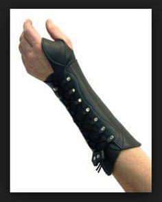Arm guard bracer