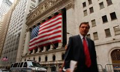"Get this guy a copy of ""A Random Walk Down Wall Street""—stat!"