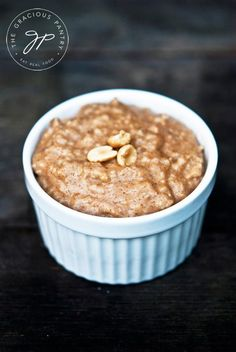 Clean Eating Recipes | Peanut Butter Oatmeal Recipe | Healthy Breakfasts | Oatmeal Recipes ~ https://www.thegraciouspantry.com