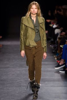 Isabel Marant Fall 2014 Ready-to-Wear Fashion Show Collection