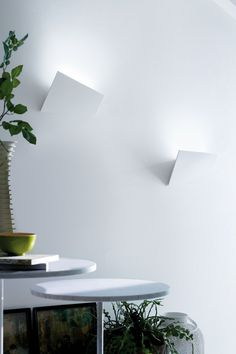 Aluminium wall light VERSO by Lucente