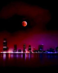 """<p>Right before Christmas in 2010, people enjoyed a beautiful, total <a href=""""http://www.goodhousekeeping.com/life/a34692/super-blood-moon-eclipse-photos/"""">lunar eclipse</a> (seen here in New York City). It was the first time since 1638 that an eclipse coincided with winter solstice, making it a historic event.</p>"""
