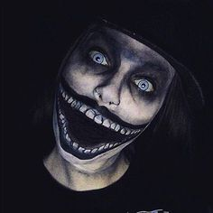 Self-Taught Artist Transforms Herself Into Popular Movie, TV Show, Gaming Characters, More. The Babadook Halloween Inspo, Halloween Makeup Looks, Halloween Kostüm, Halloween Face Paint Scary, Scary Makeup, Fx Makeup, Horror Make-up, Makeup Black, Makeup Ideas