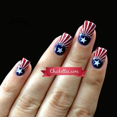 Chickettes.com Patriotic 4th of July Nail Art