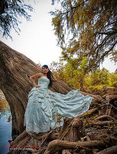 Galería de Antonio Sanchez Fotografo una sesion fotografica que realize a esta hermosa Novia con un toque de hdr con mi canon 6d strobits wedding fotografo monterrey fotografo profecional monterrey