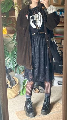 Edgy Outfits, Grunge Outfits, Pretty Outfits, Cool Outfits, Fashion Outfits, Mode Grunge, Hipster Grunge, Grunge Goth, Mode Indie