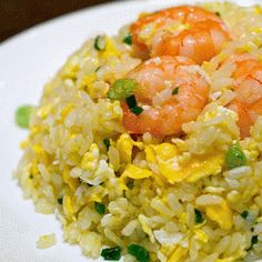 Fried rice with shrimps and Laksa paste