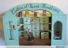 Antieke Duitse houten poppenwinkel, ca 1930 pop