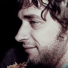 Gustavo Cerati ese perfil único!! te amo todo la eternidad!!!!